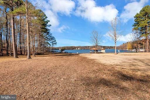 Property for sale at Lot 56 Point Dr, Bumpass,  Virginia 23024