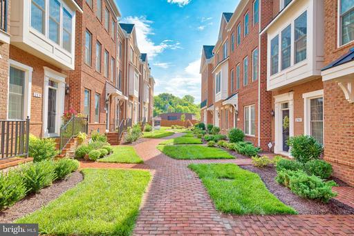 Property for sale at 298 Wood Trestle Ter Se, Leesburg,  Virginia 20175
