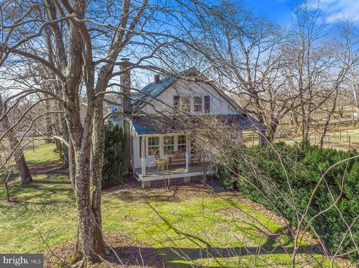 Property for sale at 7980 Leeds Manor Rd, Marshall,  Virginia 20115