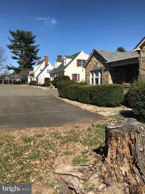 Property for sale at 211 Broadview Ave, Warrenton,  Virginia 20186