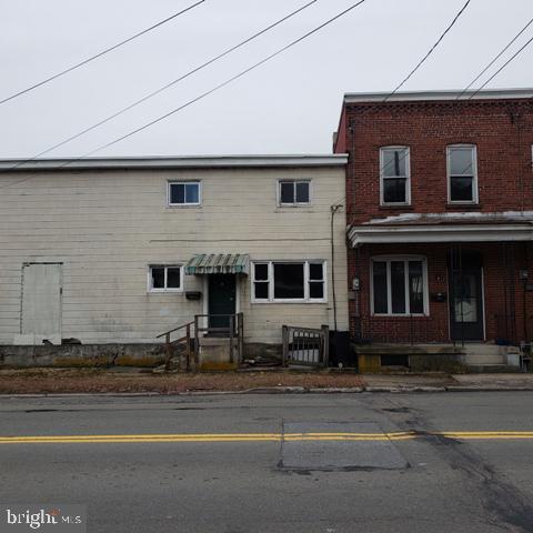 Property for sale at 112 W Hancock St, Saint Clair,  Pennsylvania 17970