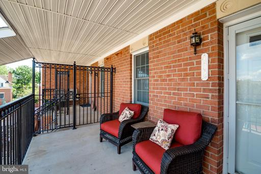 Property for sale at 6940 Fairfax Dr #402, Arlington,  Virginia 22213