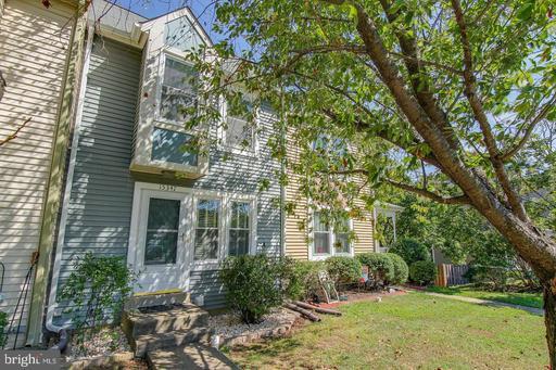 Property for sale at 15347 Gatehouse Ter, Woodbridge,  Virginia 22191
