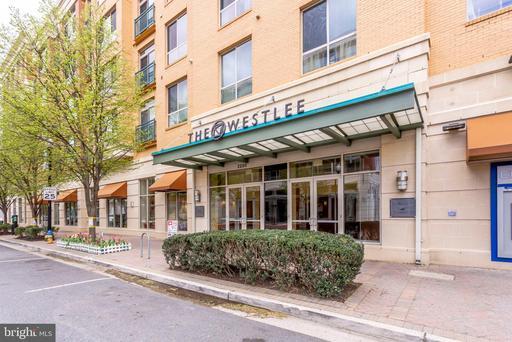 Property for sale at 2200 N Westmoreland St #304, Arlington,  Virginia 22213