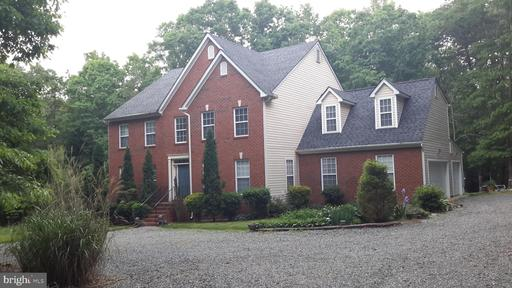 Property for sale at 1386 Lakeside Dr, Louisa,  Virginia 23093