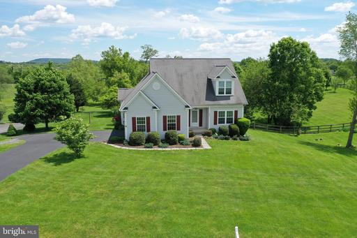 Property for sale at 39911 Canterfield Ct, Lovettsville,  Virginia 20180