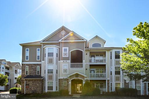 Property for sale at 505 Sunset View Ter Se #204, Leesburg,  Virginia 20175