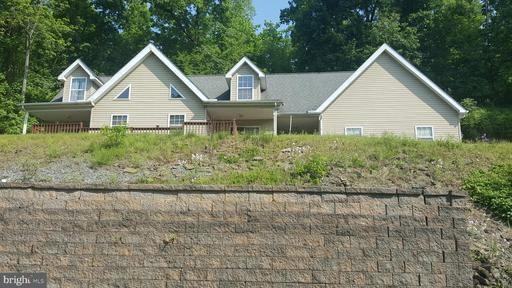 Property for sale at 128 Hill Dr, Hamburg,  Pennsylvania 19526