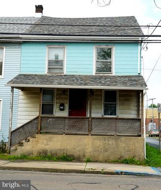 Property for sale at 151 N Tulpehocken St, Pine Grove,  Pennsylvania 17963