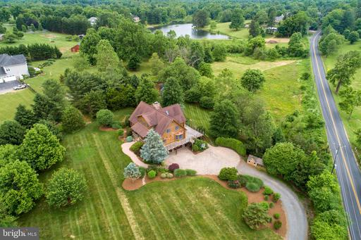 Property for sale at 16496 Hamilton Station Rd, Hamilton,  Virginia 20158