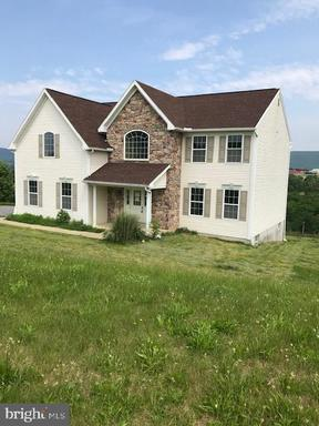 Property for sale at 280 Oval Dr, Hamburg,  Pennsylvania 19526