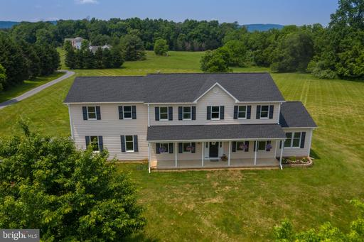 Property for sale at 38570 Millstone Dr, Hillsboro,  Virginia 20132