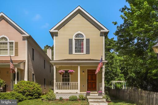 Property for sale at 9 Wilson Ave Nw, Leesburg,  Virginia 20176