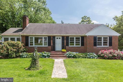 Property for sale at 240 W K St, Purcellville,  Virginia 20132