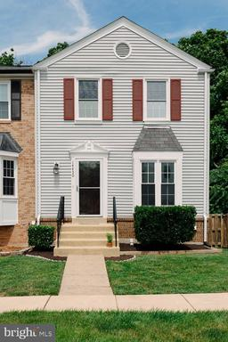 Property for sale at 14430 Manassas Gap Ct, Centreville,  Virginia 20120