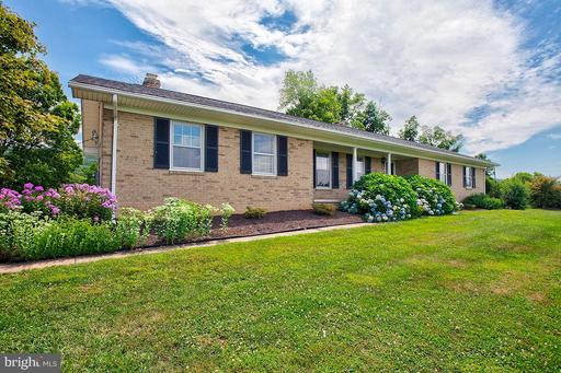 Property for sale at 13374 Harpers Ferry Rd, Purcellville,  Virginia 20132