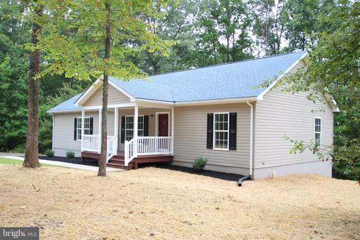 Property for sale at 93 Evergreens Dr, Louisa,  Virginia 23093