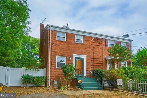 Property for sale at 23 Underwood Pl, Alexandria,  Virginia 22304