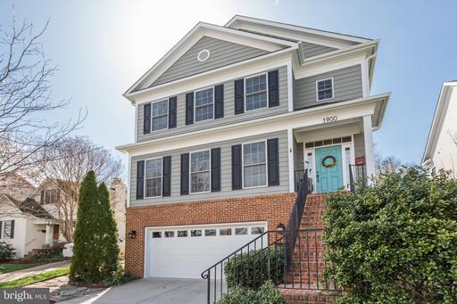 Property for sale at 1900 N Quebec St, Arlington,  Virginia 22207