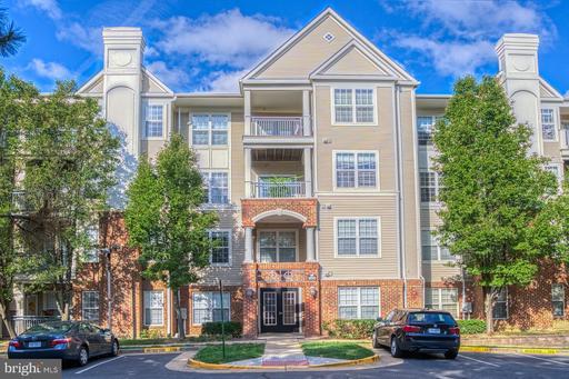 Property for sale at 3015 Nicosh Cir #2204, Falls Church,  Virginia 22042