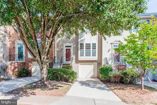 Property for sale at 14376 Stonewater Ct, Centreville,  Virginia 20121