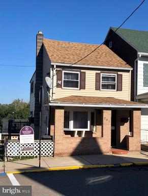 Property for sale at 241 Arnot St, Saint Clair,  Pennsylvania 17970