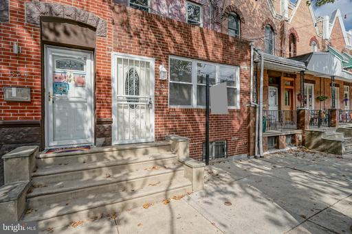 Property for sale at 327 W Ritner St, Philadelphia,  Pennsylvania 19148