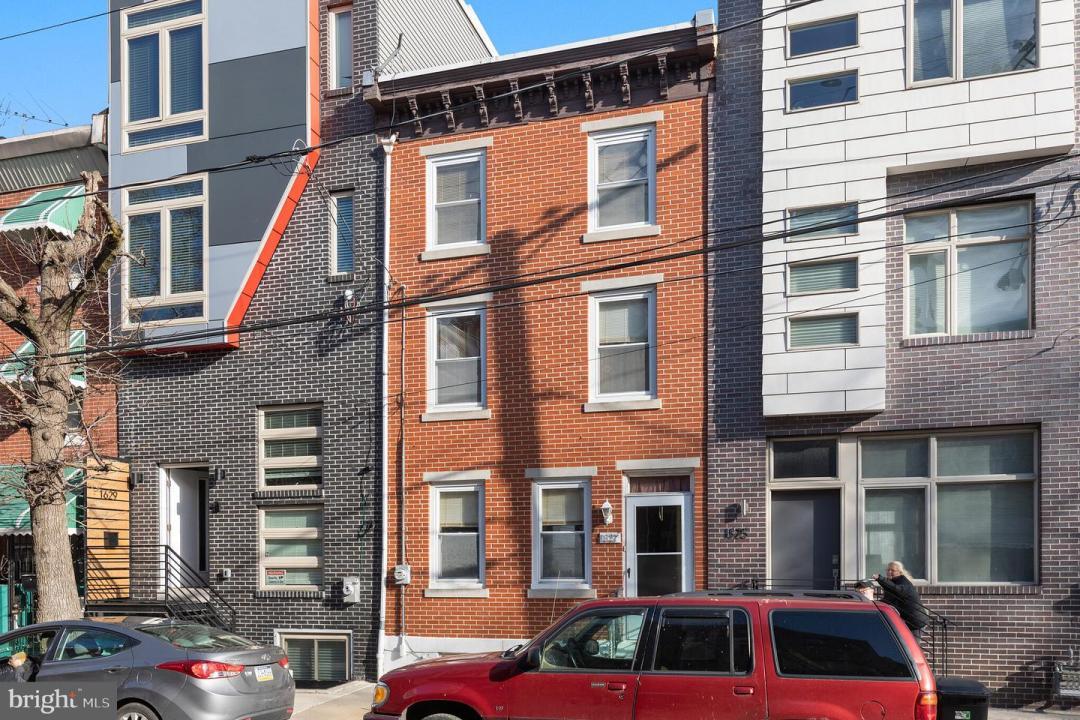 1627 N 3rd Street