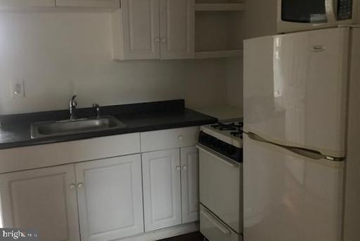 Property for sale at 2026 Bainbridge St #3rd Front, Philadelphia,  Pennsylvania 19146