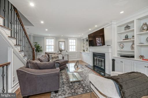 Property for sale at 710 Lombard St, Philadelphia,  Pennsylvania 19147