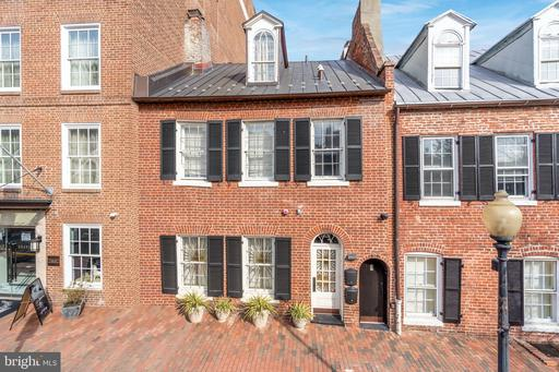 Property for sale at 1071 Thomas Jefferson St Nw, Washington,  District of Columbia 20007