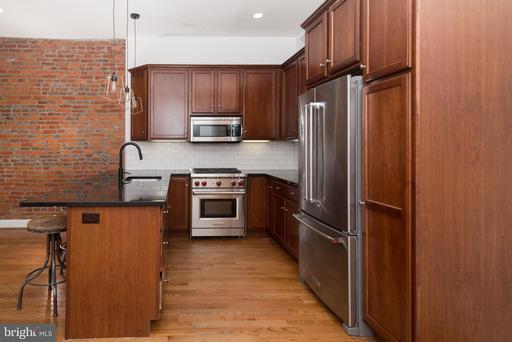 Property for sale at 716-18 S 11th St #201, Philadelphia,  Pennsylvania 19147