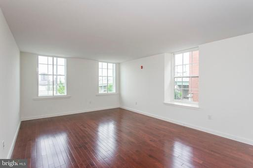 Property for sale at 20 N Front St #4f, Philadelphia,  Pennsylvania 19106