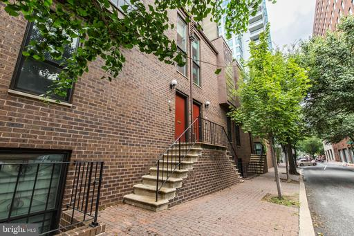 Property for sale at 40 Saint James Ct #28, Philadelphia,  Pennsylvania 19106