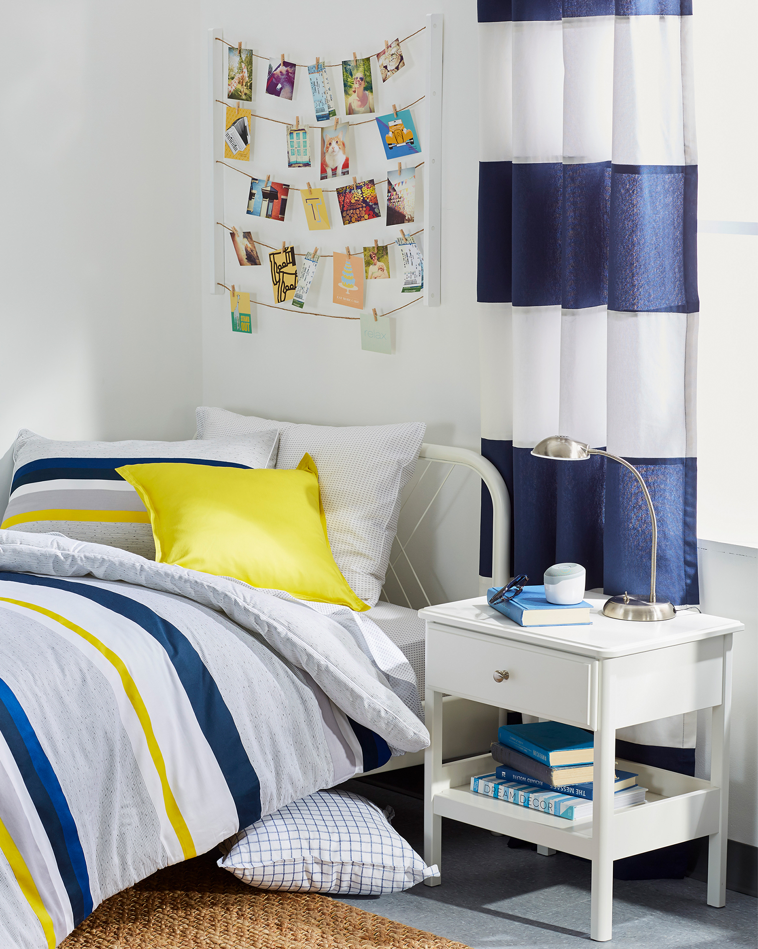 """Five Steps To Ace Dorm Room Decor - Bright Bazaar by Will ... on """"Room Decor""""  id=90556"""