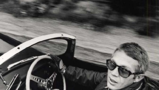 Steve McQueen (Photo credit: William Claxton, 1962, Fahey/Klein Gallery, Los Angeles, CA; © William Claxton Estate, courtesy Fahey/Klein Gallery, Los Angeles, CA