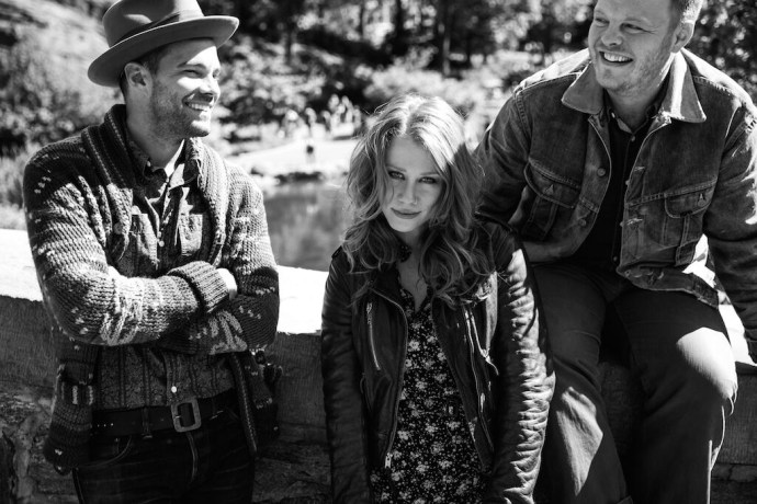 Lone Bellow1