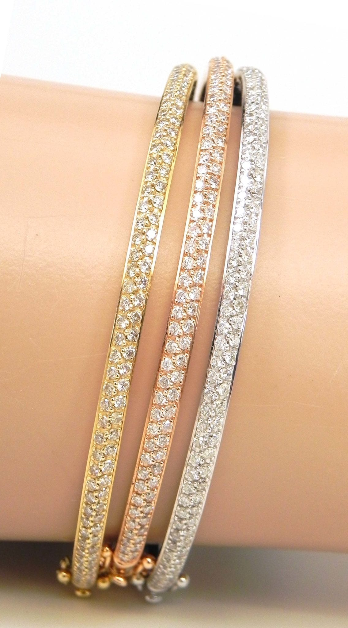 Ladies 14k Tri Color Gold 302 Cts Diamonds 3 Bangles Set