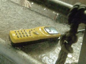 Jurassic Park III: The cell phone