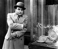 Edward G. Robinson in Little Caesar
