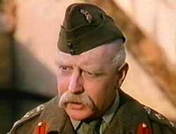 Roger Livesey in Colonel Bilmp