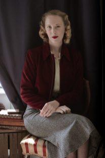 Vintage Style Blog: reproduction 1940s wartime era Americana bomber jacket | 1930s flutter skirt