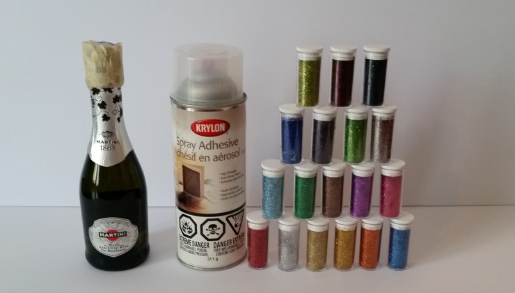 Supplies for sparkle champagne bottle