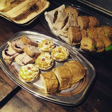 純素點心!Plant based snacks - sandwiches from Ooh Cha Cha and desserts from Fresh Bakery & Cafe!