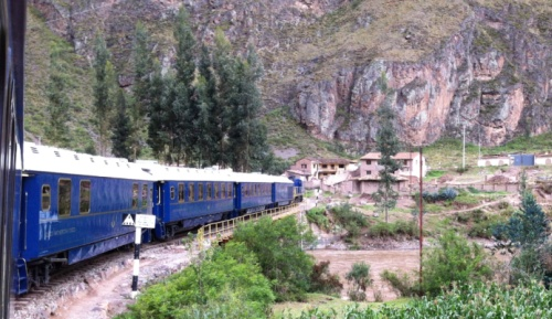 Hiram Bingham train winding to Machu Picchu