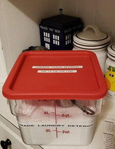 Homemade laundry detergent lid and container with labels