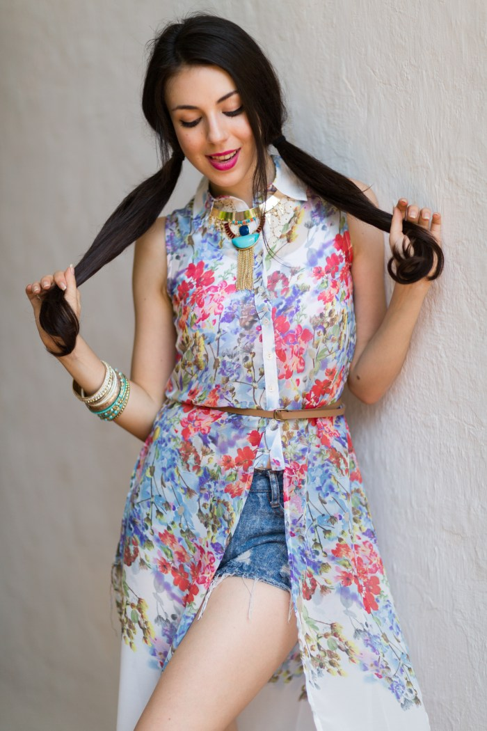 GERMAN MODEL YASEMIN DELIKAN DOING A SPRING SUMMER FASHION CAMPAIGN PHOTOSHOOT FOR BRIJESH KAPOOR PHOTOGRAPHY WEARING A BLUE DENIM SHORTS AND A FLORAL DRESS