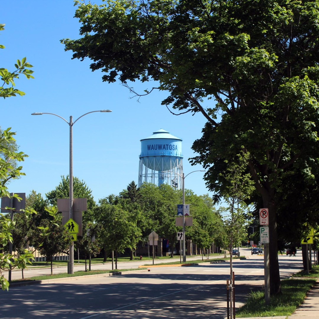 Wauwatosa, Wisconsin water tower