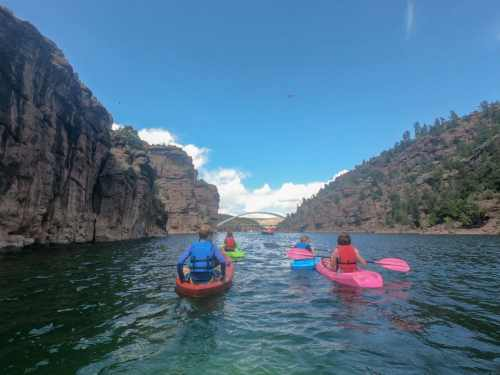 Paddling Flaming Gorge