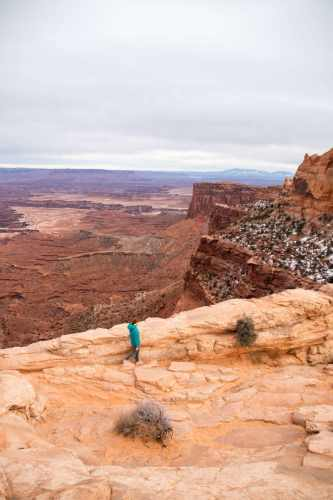 hiking canyonlands
